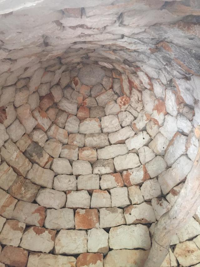 Interior of trullo- no mortar