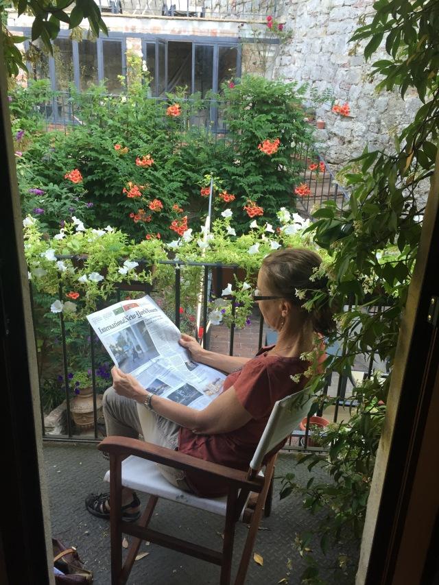 A perfect spot to read il giornale.